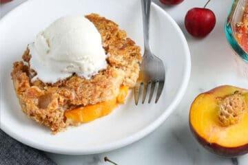 recipe card photo of peach dump cake