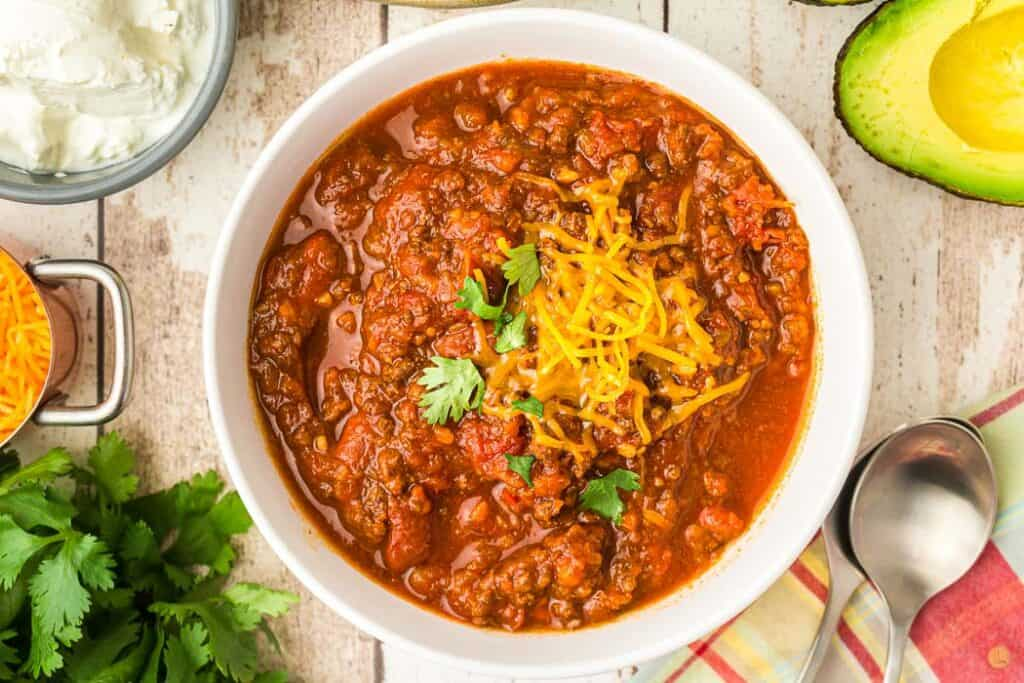 overhead picture of a bowl of chili