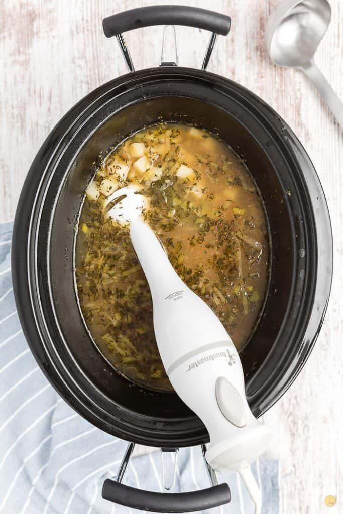 crockpot with hand blender