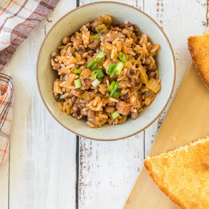 hoppin john with bread