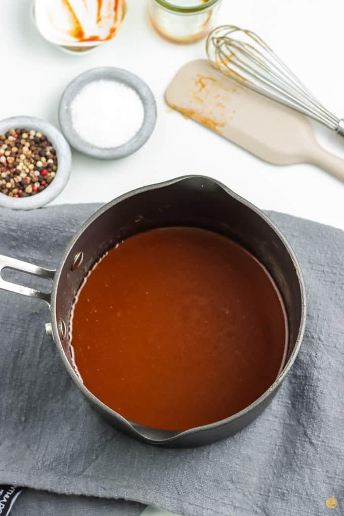 pot of sauce