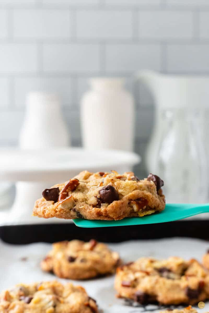 kitchen sink cookie on a spatula