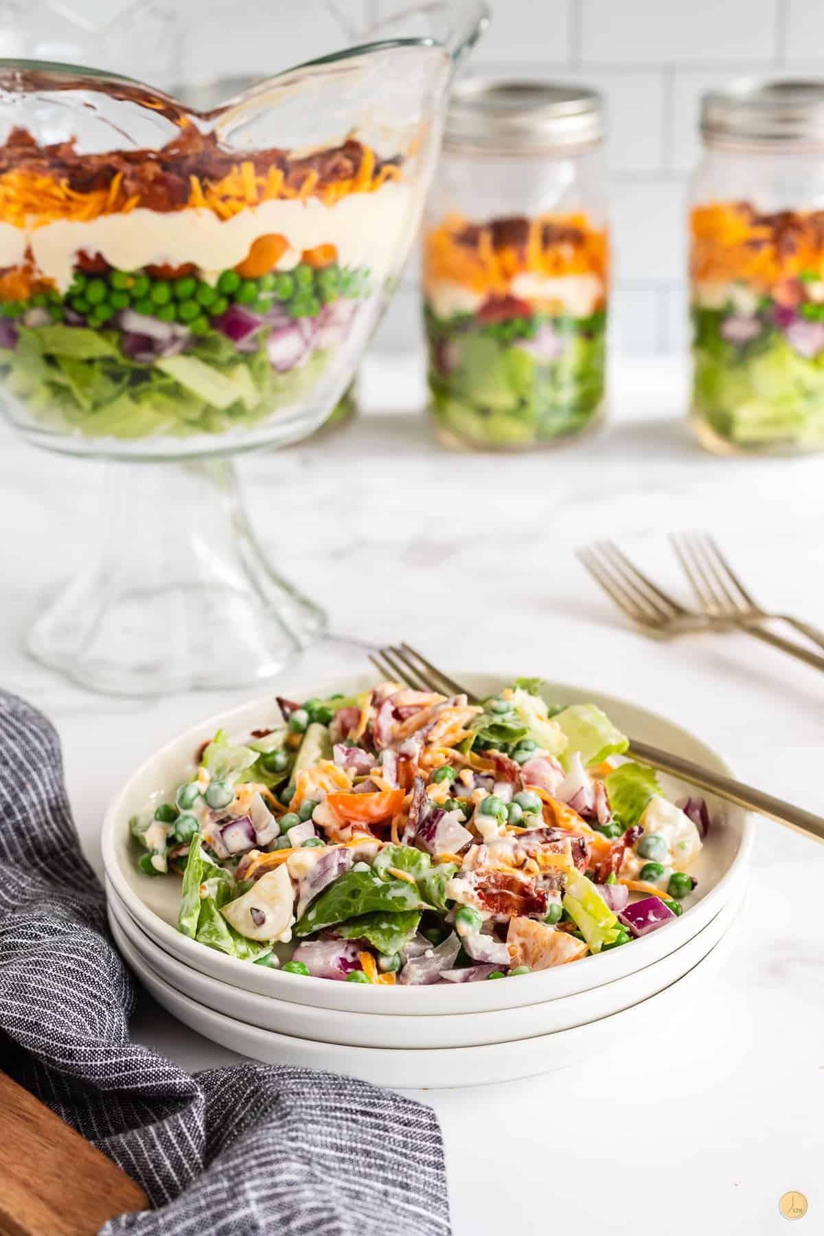 bowl of 7 layer salad