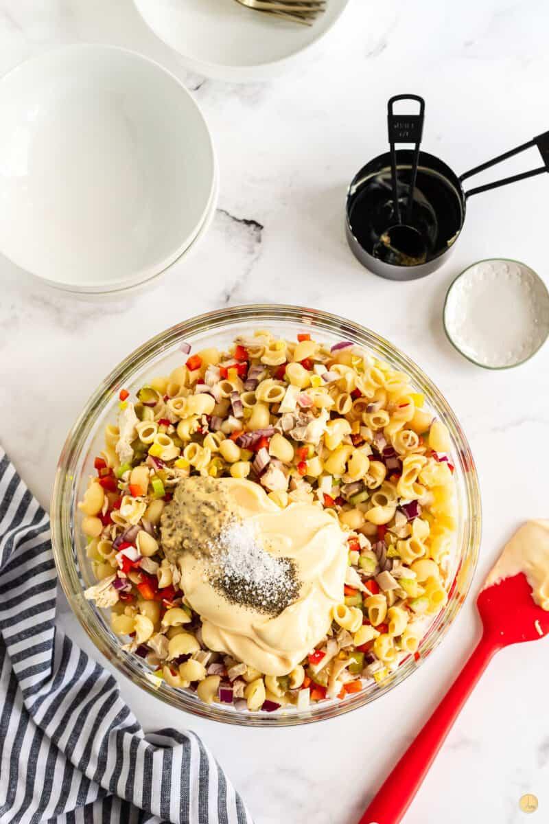 dressing on macaroni salad