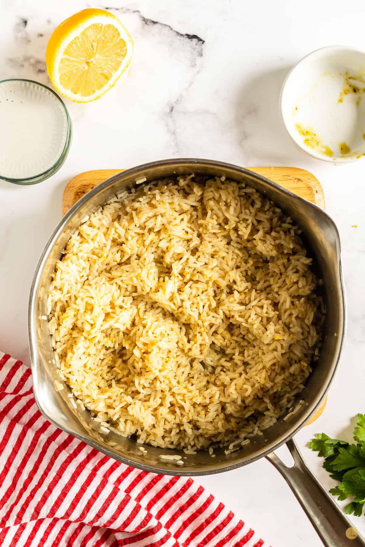 pesto rice in a pan