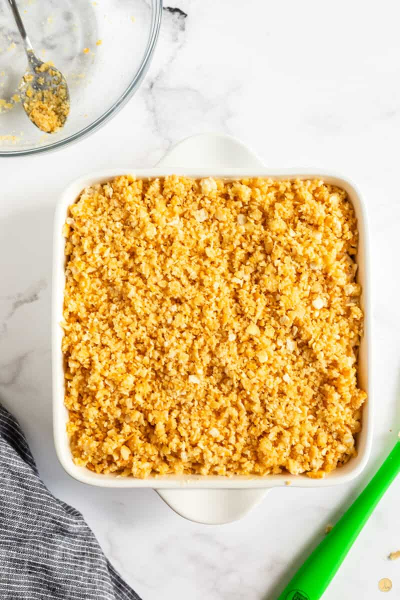 casserole dish topped with crackers